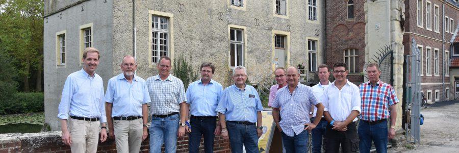 Landrat informiert sich über Baufortschritt am Schloss