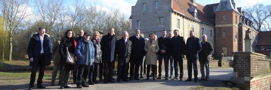 Ministerin besucht Schloss Senden